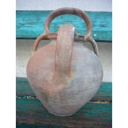 pegau en terre cuite de la chapelle des pots