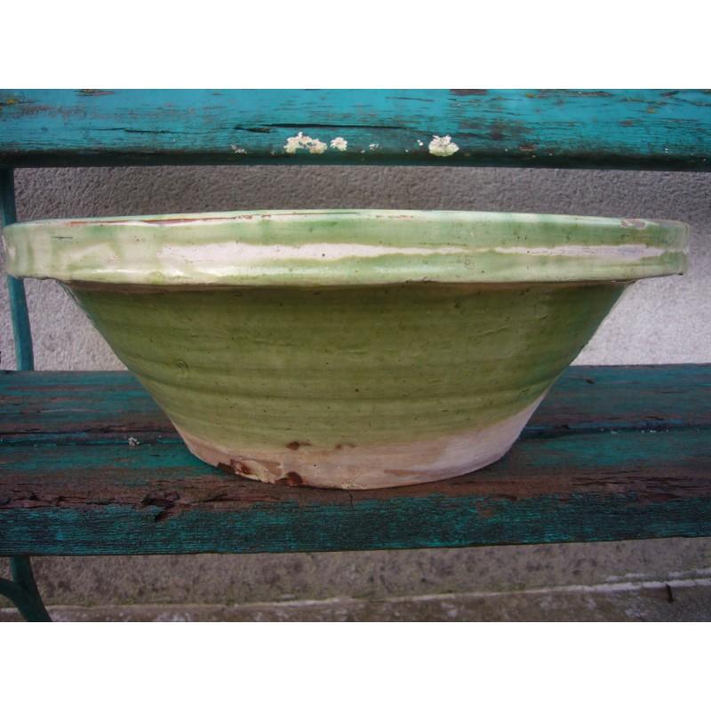 tian ou bassinoire en terre vernissee